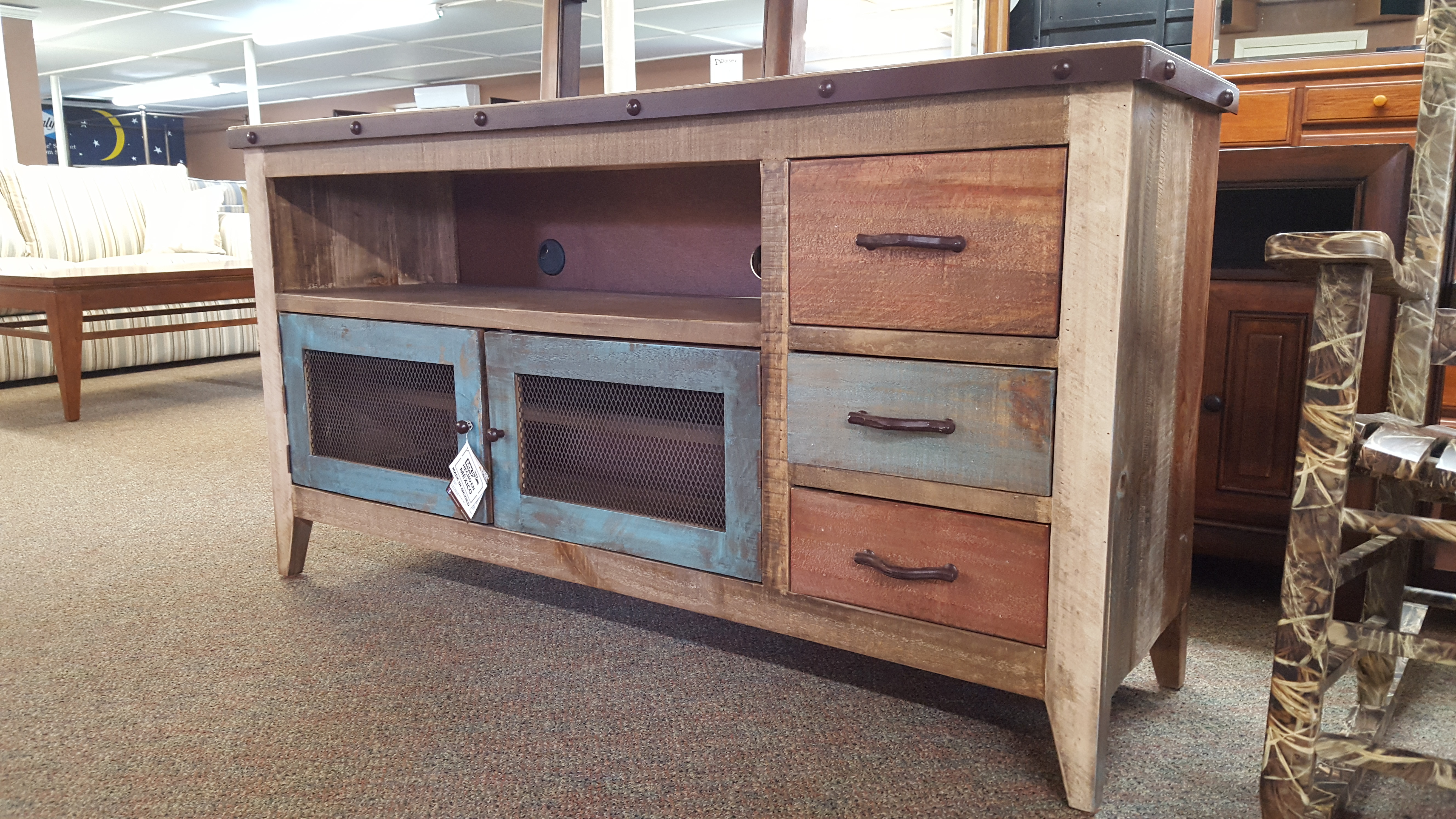 "900 ANTIQUE TV CONSOLE (62"" PICTURED) - Furniture Store ... - photo#13"