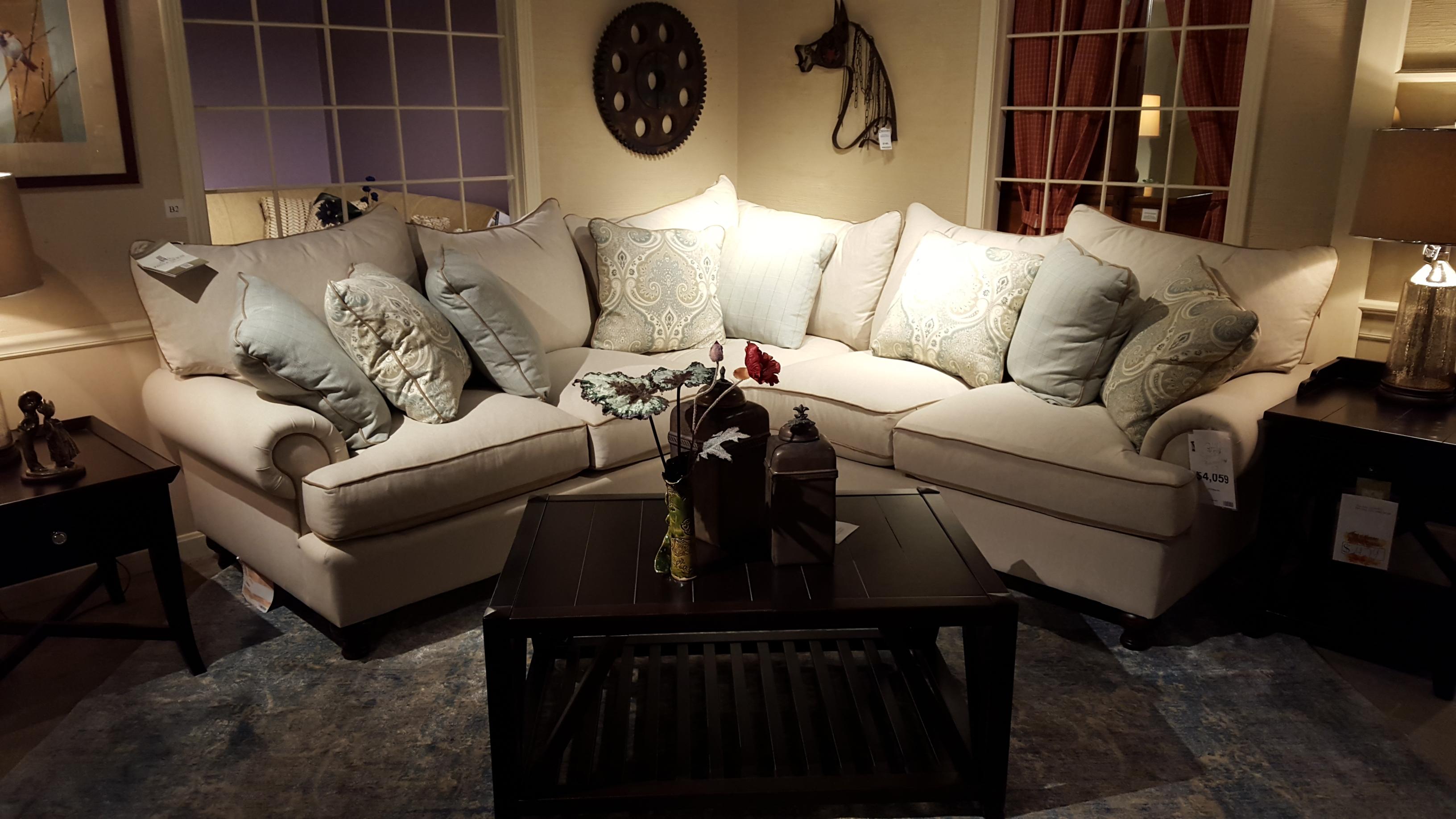 Craftmaster P7117BD-Sectional - Furniture Store Bangor ... - photo#44